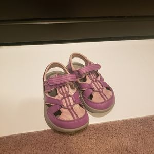 Columbia girl sandals size 10 toddler